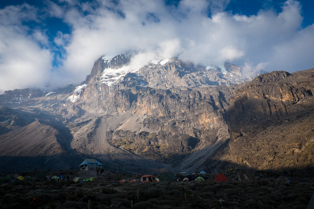 Barranco Camp (3.900 m) - 2. Tag am Kilimanjaro Tansania - Kilimanjaro Kraterschläfer Expedition 2016, Wikinger Reisen