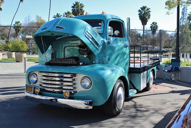 cab over engine trucks ore coe flickr. Black Bedroom Furniture Sets. Home Design Ideas