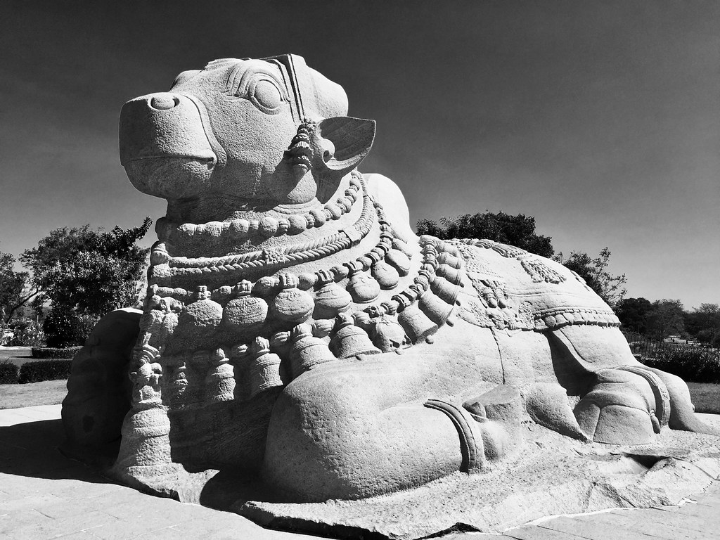Monolithic Nandi - Second largest in India!