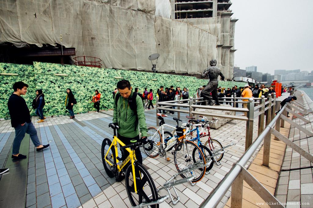 無標題  《假如讓我泊下去2 九龍中西篇》﹣香港市區單車位的幻想影集 18504294608 a01ae70f63 o