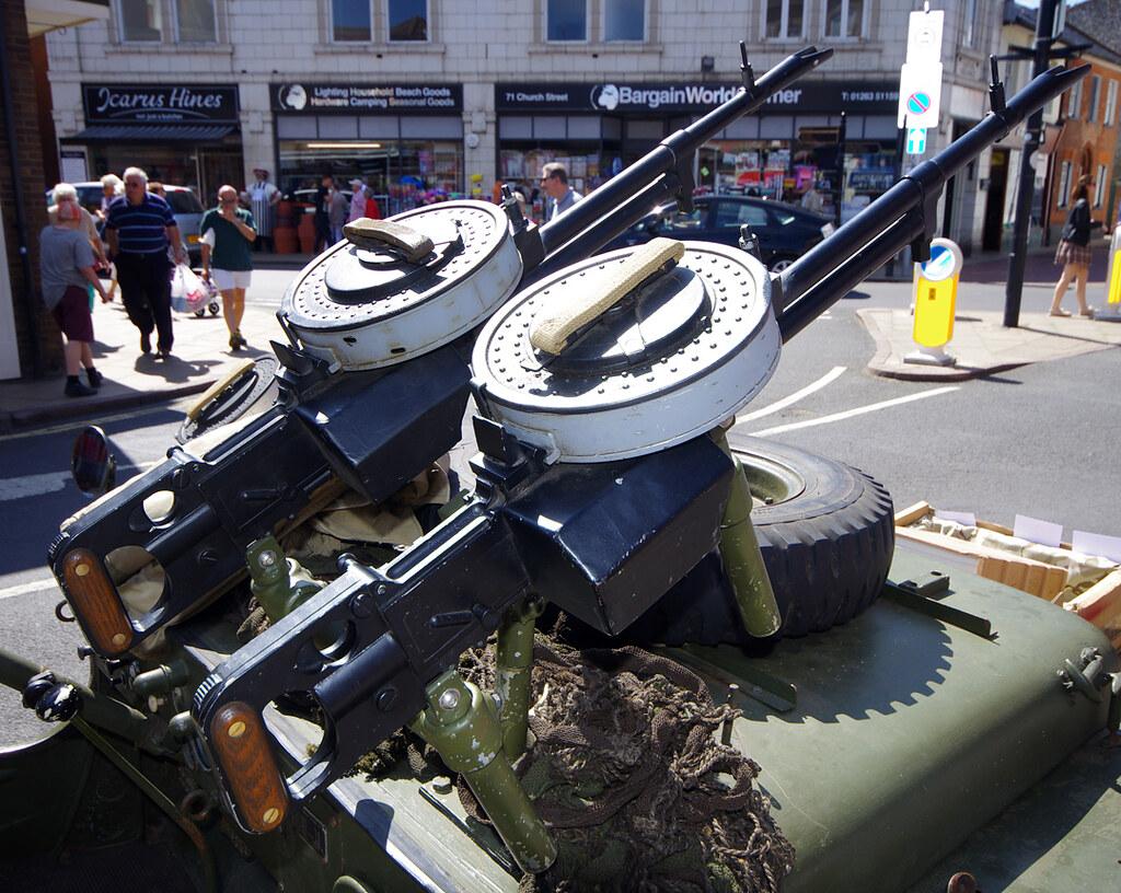 twin vickers k guns an sas jeep sporting multiple