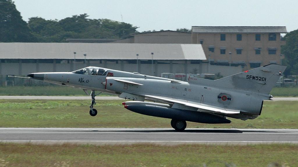 armée Sri-lankaise / Sri Lanka Armed Forces - Page 2 31948563022_49dc1e03a1_b