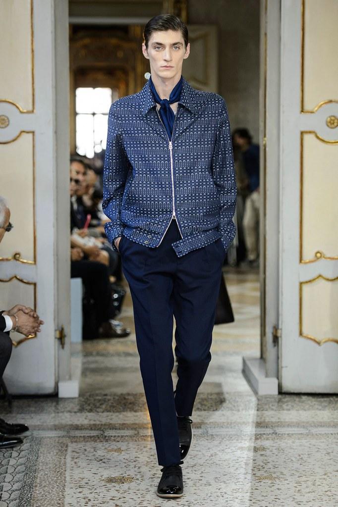 SS16 Milan Corneliani003_Mihai Bran(fashionising.com)