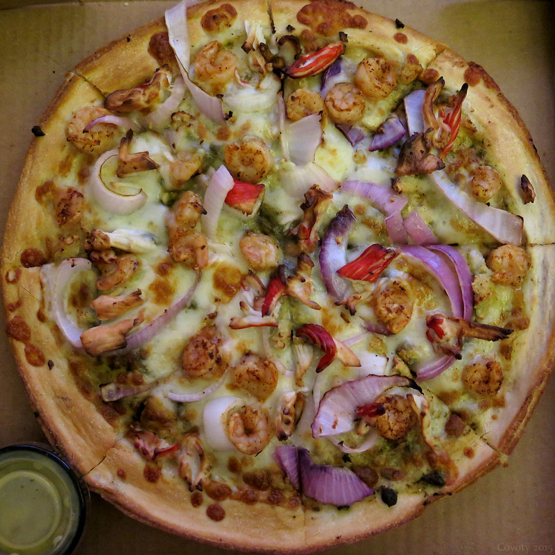 Seafood Time pizza