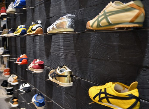 Bruce Lee Shoe Size