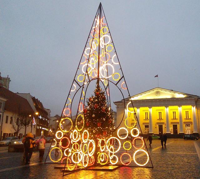 Вихідні у Вільнюсі: дешевийпереліт, смачніцепеліни ітри епохи