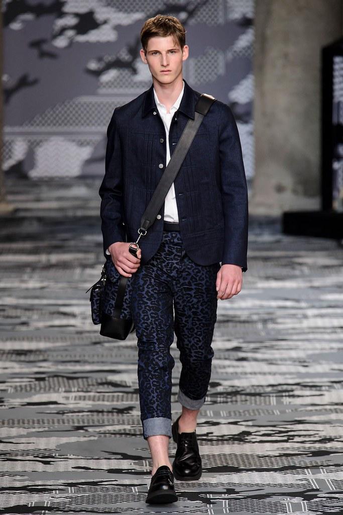 SS16 Milan Neil Barrett016_Max Streetley(fashionising.com)