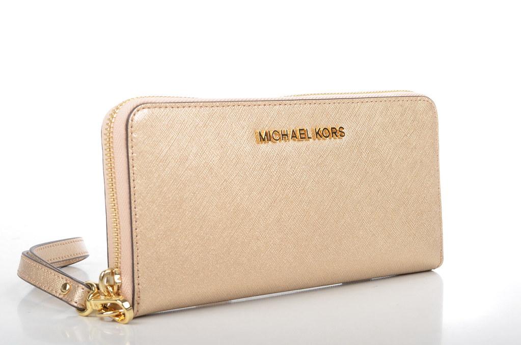 Michael Kors Travel Wallet Uk
