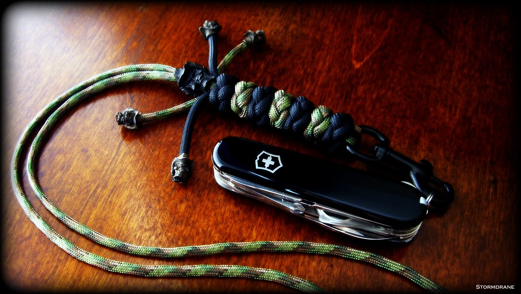 Paracord Neck Lanyard And Sak A Paracord Neck Lanyard