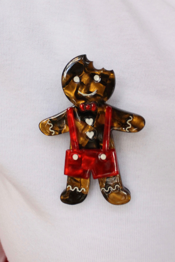 erstwilder bite before christmas gingerbread man brooch