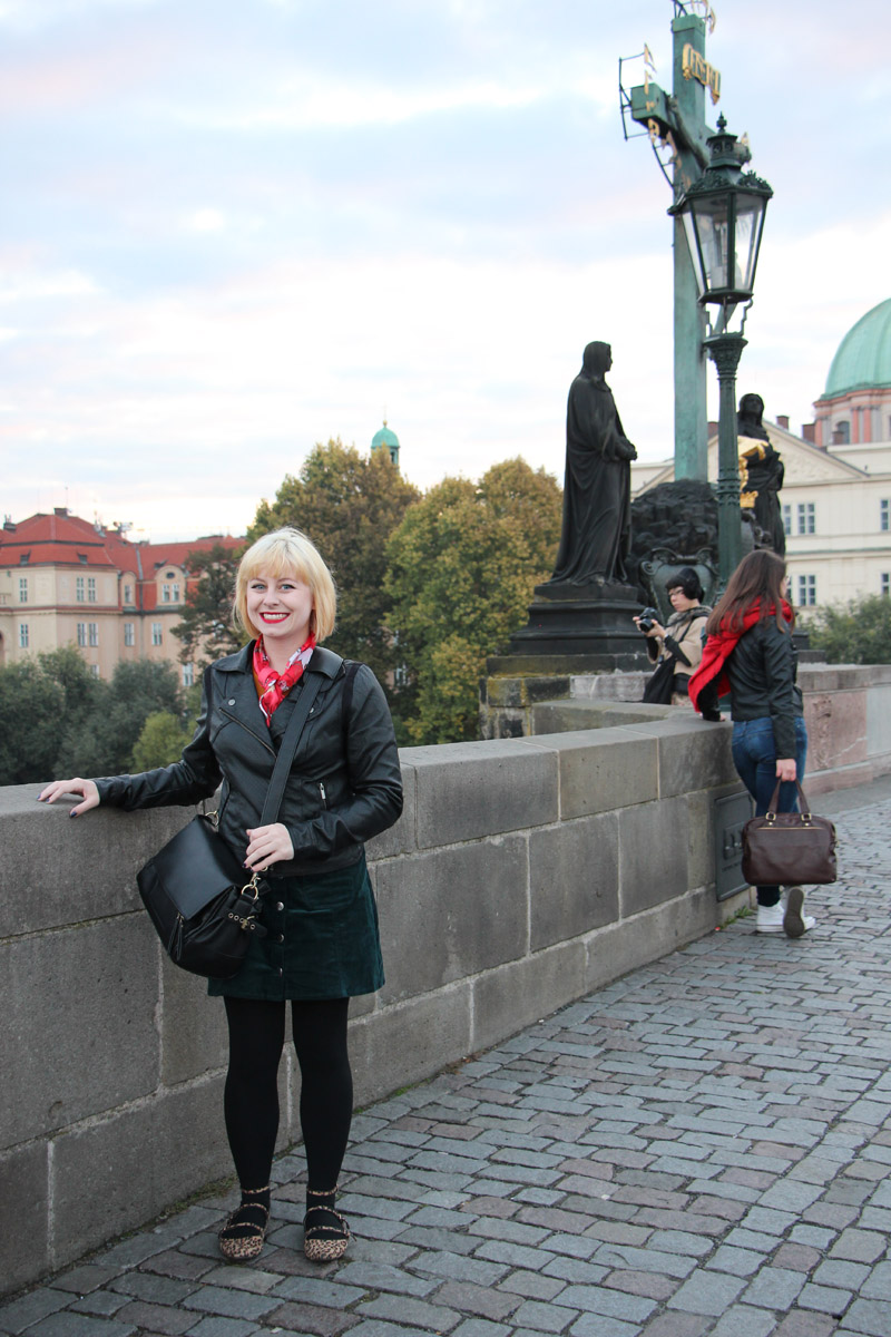 Stylish Travel Outfit for Fall in Prague