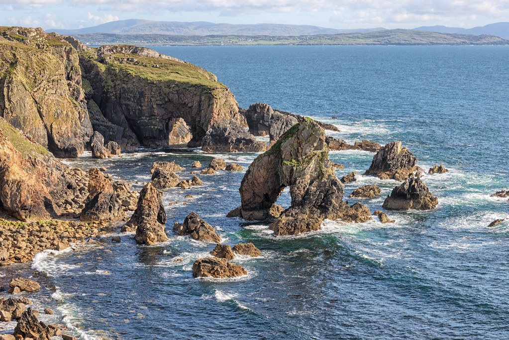 Crohy Head Sea Arch Stack - Ireland | The Crohy Sea Arch ...