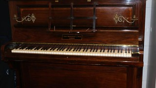 Piano held gold coin stash