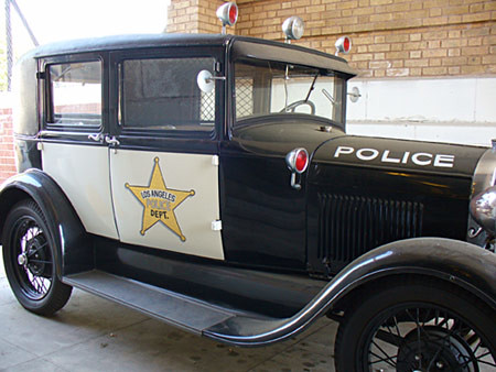 LAPD vintage police car   Not sure how accurate the ...