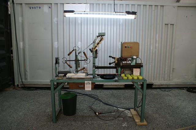 machine fabriquer des pommes croqu s par catherine deneu flickr. Black Bedroom Furniture Sets. Home Design Ideas