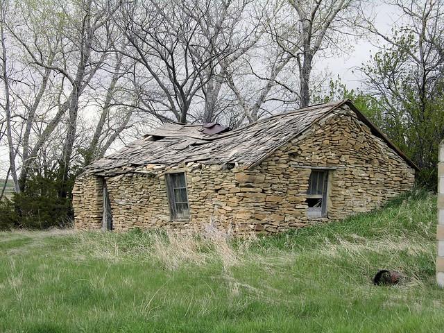 stone chicken coop 1