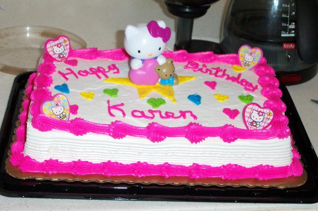 Birthday Cake Decorating Ideas With Flowers