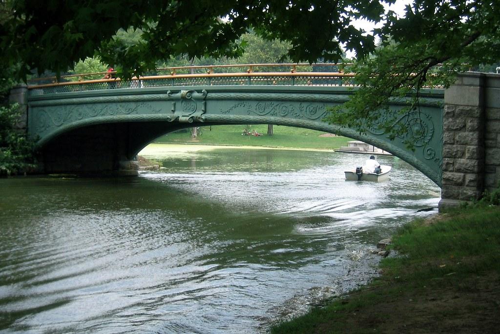 Brookyn prospect park lullwater bridge lullwater for Lull water