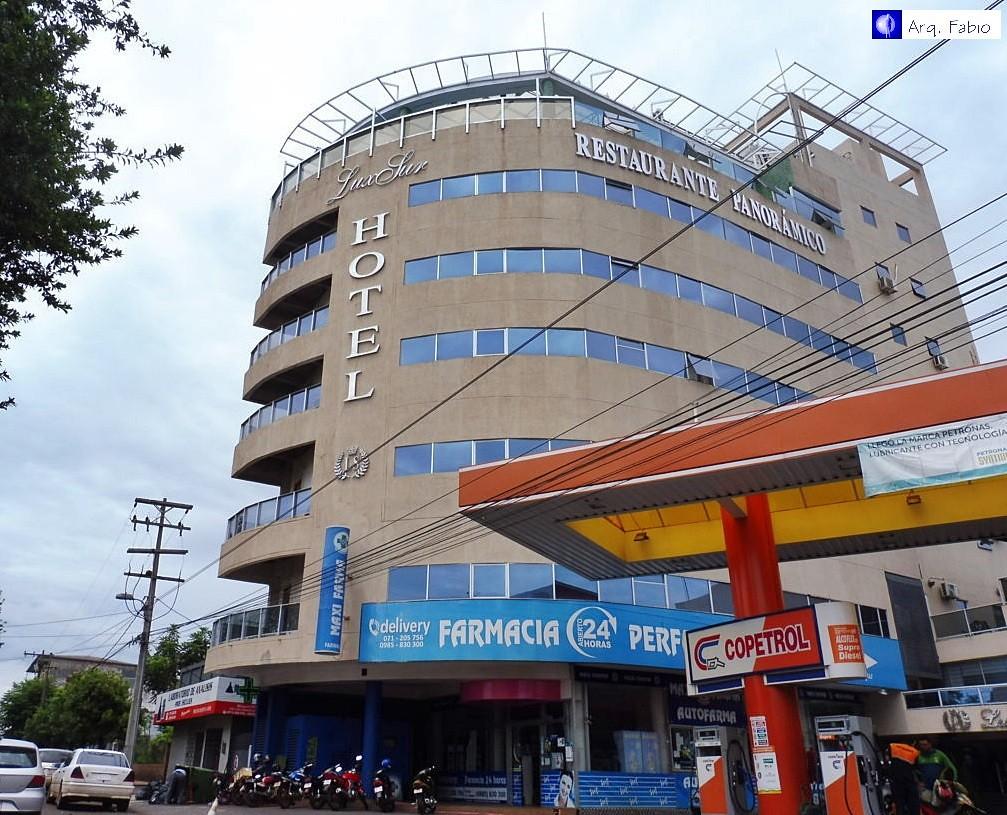 Edificios del interior de paraguay page 51 skyscrapercity for Hotel luxsur encarnacion