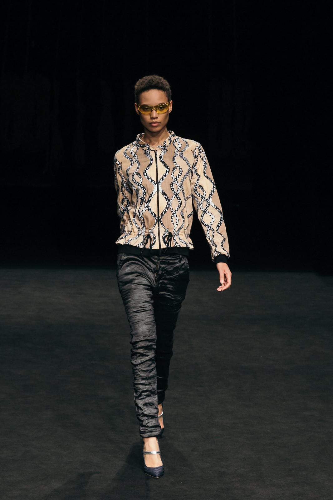 Jessie Chanes - Seams for a desire - 080 Bacelona Fashion #080bcnfasion -18
