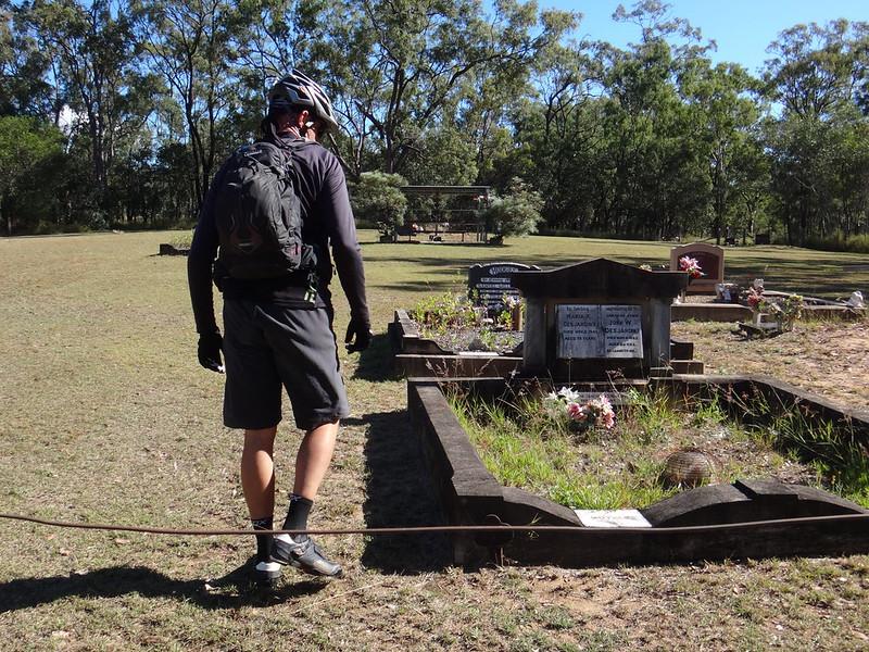 Mt Mort Cemetery