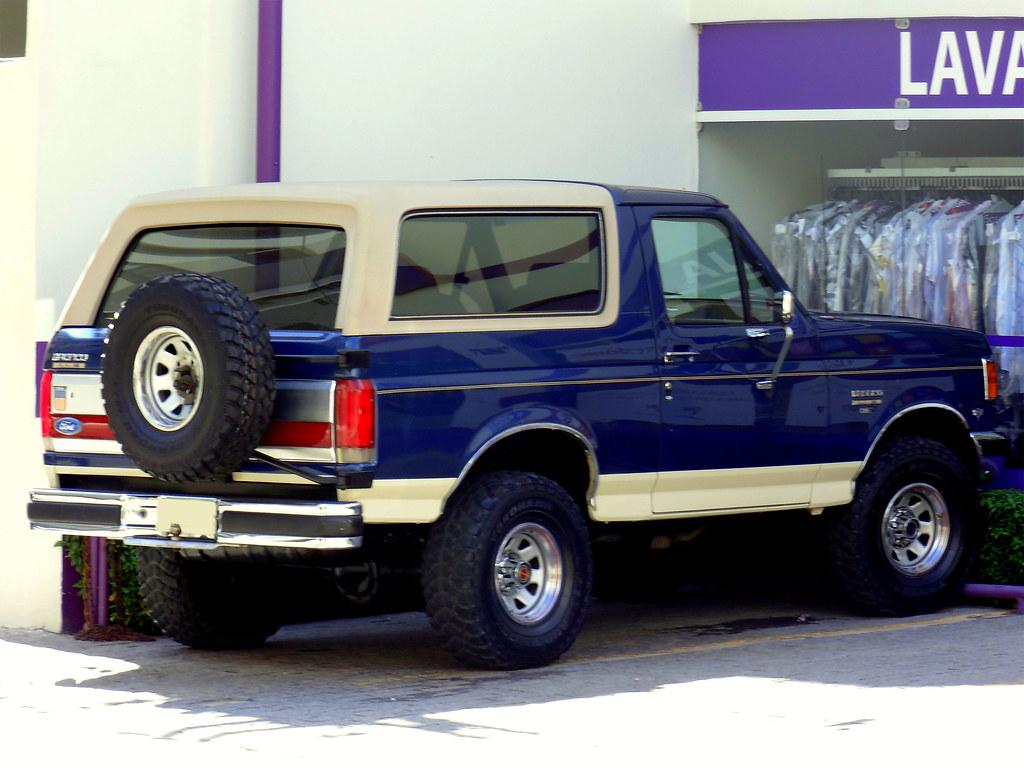 Ford Bronco Eddie Bauer Editions 1987 | Marcos Acosta | Flickr