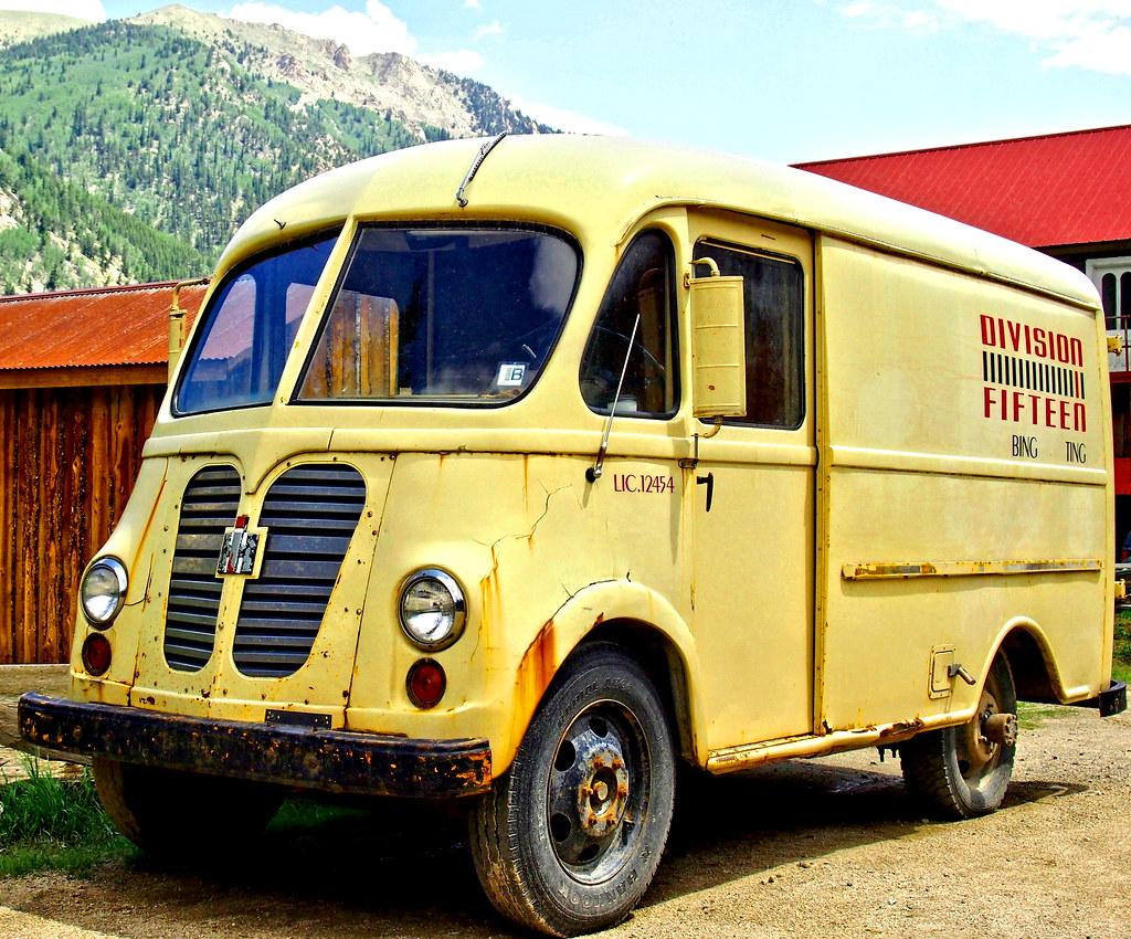 2014 Elmo - Old Yellow Truck | Amy McDaniel | Flickr