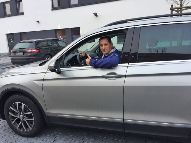 Sele en el coche Sixt que utilizó en República Checa y Alemania