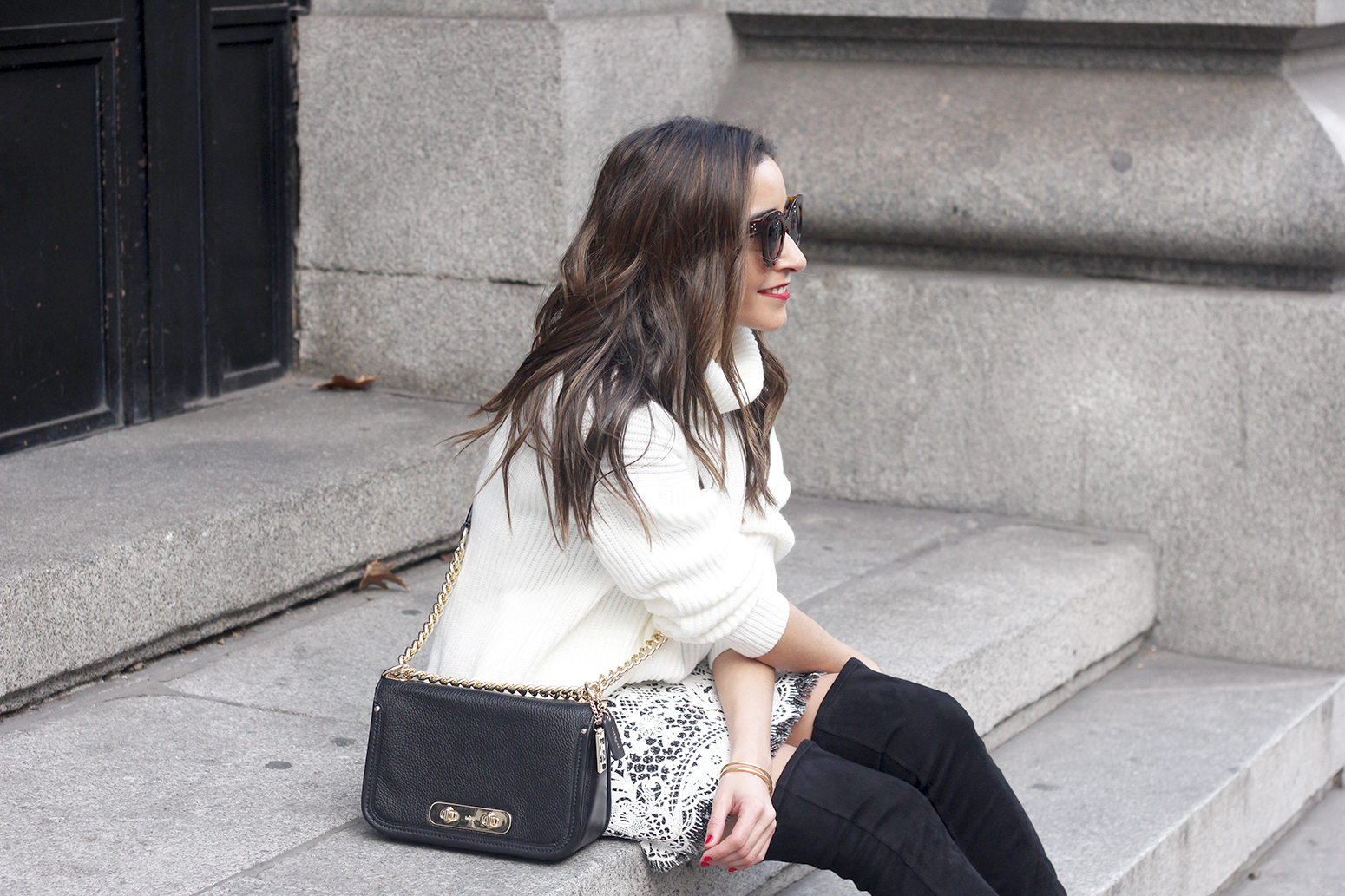 black and white lace skirt over the knee boots white turtleneck jersey outfit style winter13