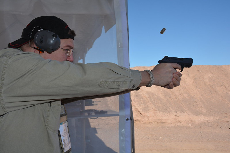 Who likes guns? Me!