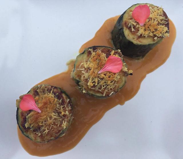 Calabacines rellenos de mariscos