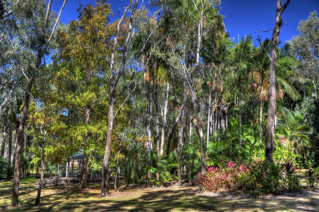 Emerald Botanical Gardens