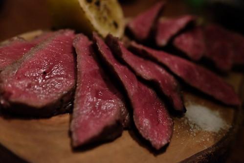 赤城牛ソトモモの旬熟成肉