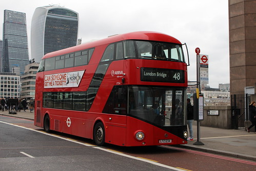Arriva London LT234 on Route 48, London Bridge