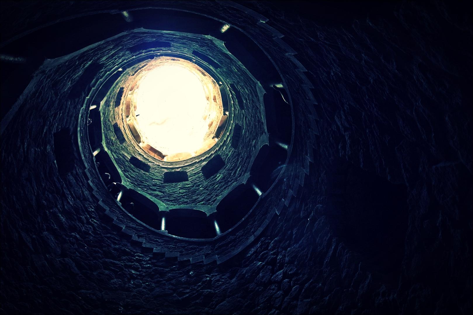 지하 통로-'헤갈레이라 별장(Quinta da regaleira)'