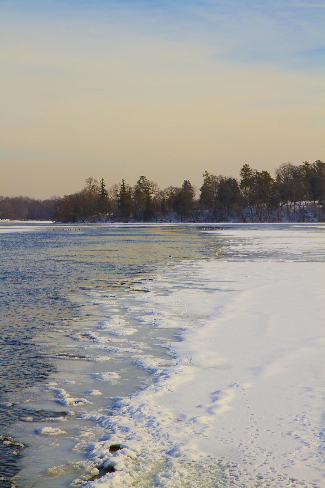 wintry little lake2