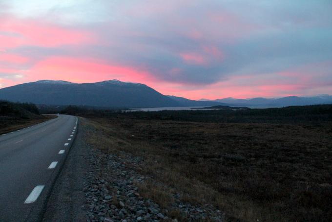 auringonlasku ruotsi roadtrip