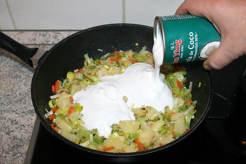 39 - Mit Kokosmilch ablöschen / Degalze with coconut milk
