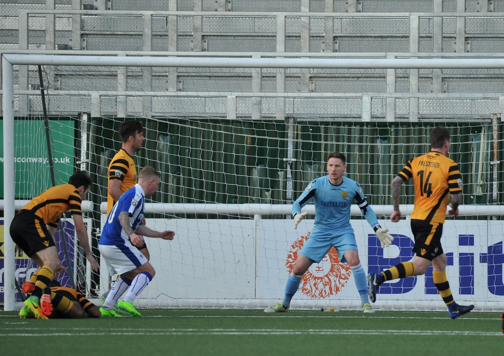 Maidstone United v Chester 572