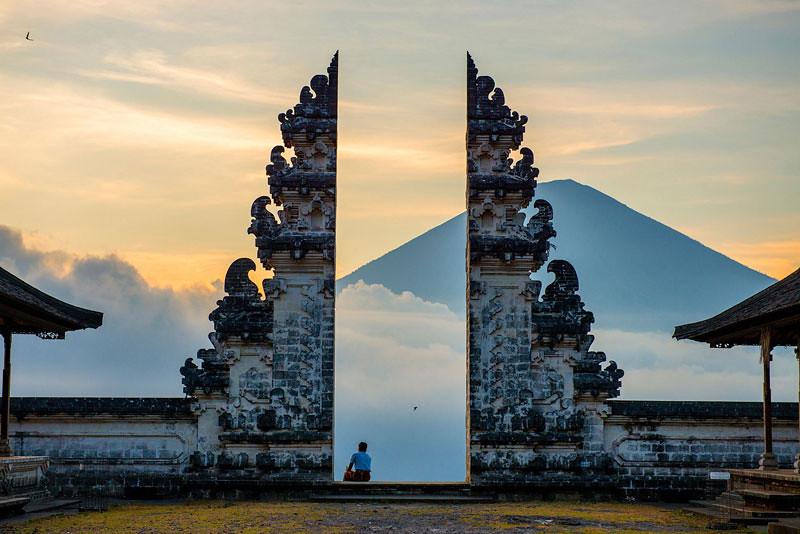 11-via-tourismconcern