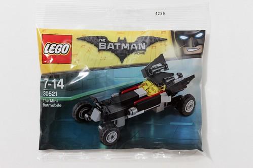 The LEGO Batman Movie The Mini Batmobile (30521) Polybag Showing Up ...