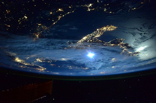 moon light on space station - photo #20