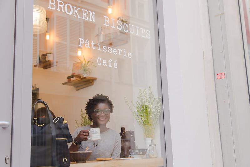 Broken Biscuits, Paris
