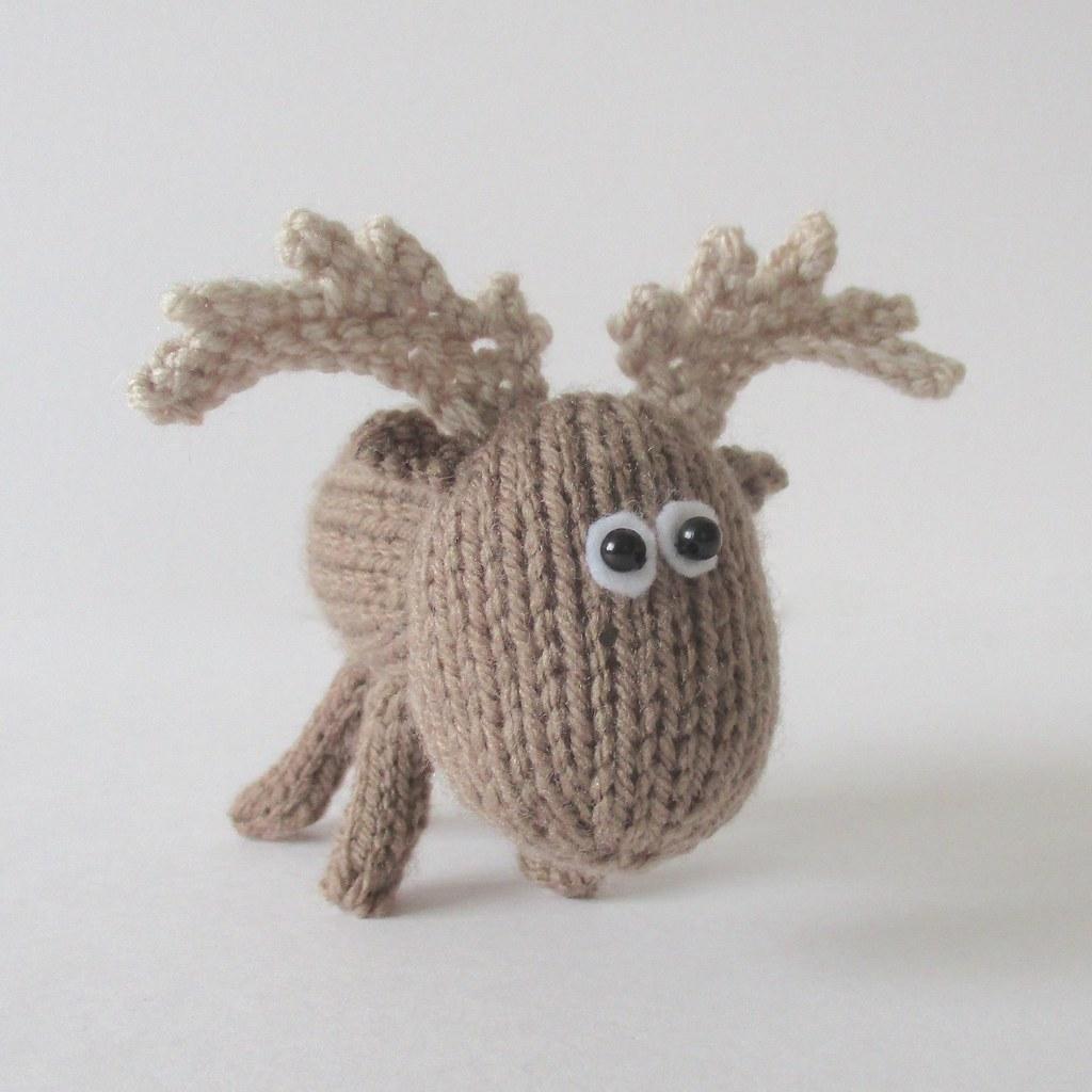 Moose Knitting Pattern : Dinky Moose Knitting patterns by Amanda Berry Amanda Berry Flickr
