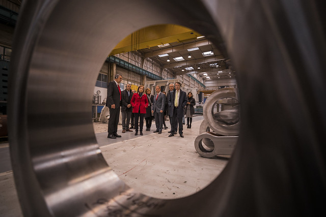 Una Delegación del Gobierno de España visita las instalaciones de Fagor Arrasate