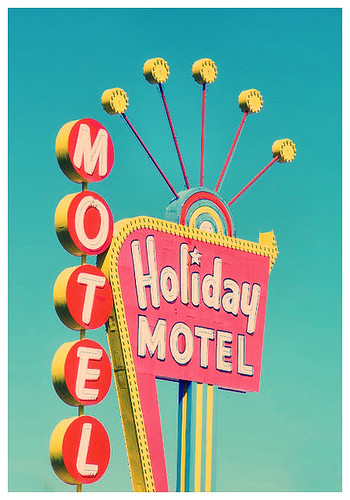 Holiday Motel | by stOOpidgErL