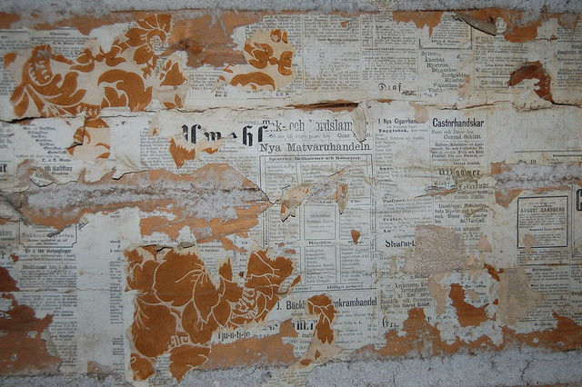 Vintage Wallpaper Wall Collage - photo by iHanna, Copyright Hanna Andersson