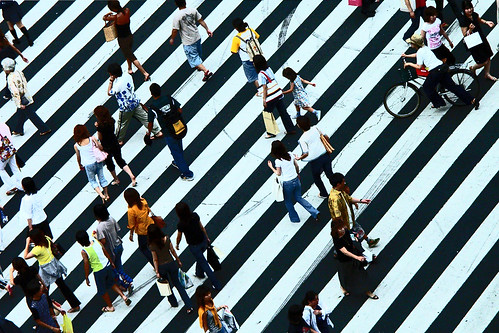 Crowd on a zebra crossing, Kyoto, Japan | by Eric Lafforgue