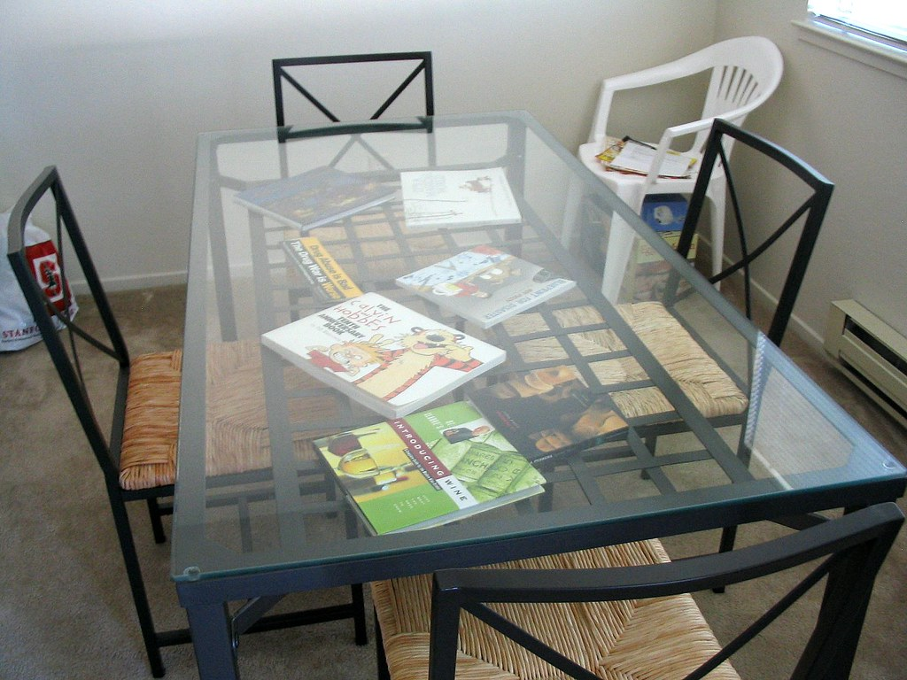 Ikea Granas Dining Table Alan S Not A Huge Fan Of Glass