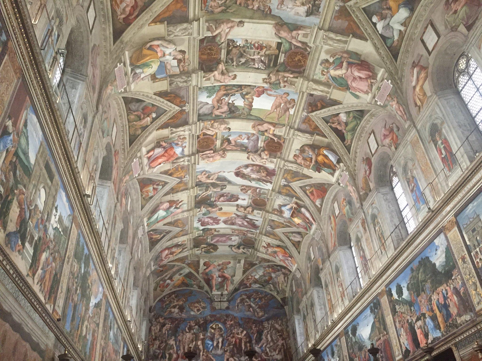 Deux jours au vatican for Exterieur chapelle sixtine